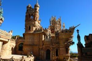 castillo-de-colomares-benalmadena-atrakcje